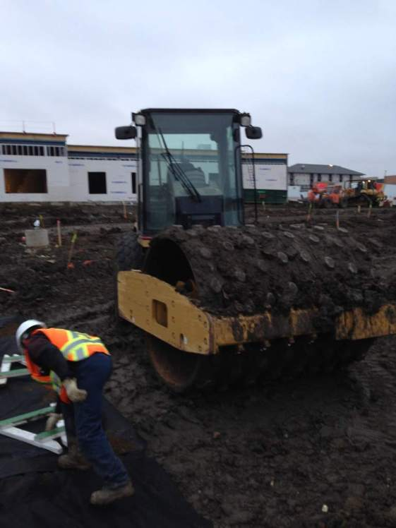 Alberta_Paving_Equipment015